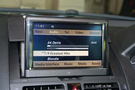 Mercedes COMAND Media Interface iPod playing picture
